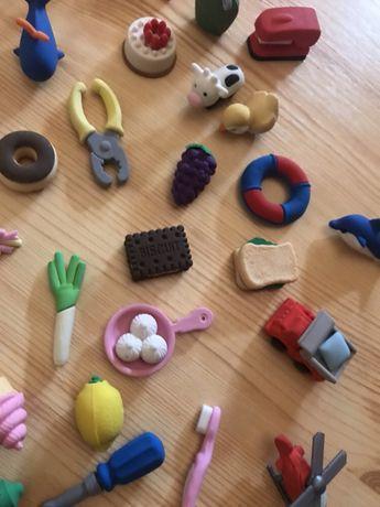Colecție figurine radiere