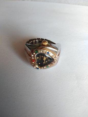 Ceas tip inel, 2 in 1, ceas și inel pentru femei. O bijuterie