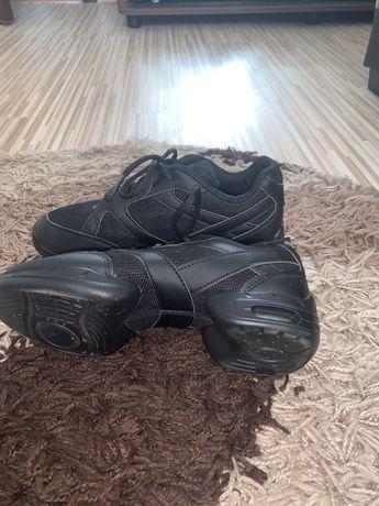 Adidasi pentru dans sportiv Sansha marime 35
