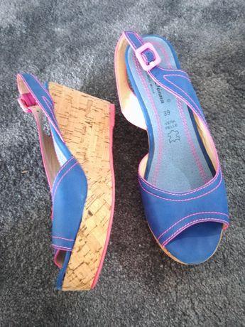 Pantofi și sandale mar. 39