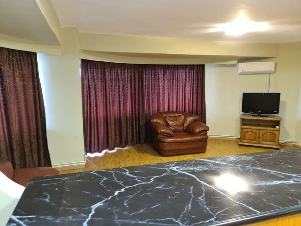 Inchiriere apartament cu 3 camere mobilat,zona Garii-Faget