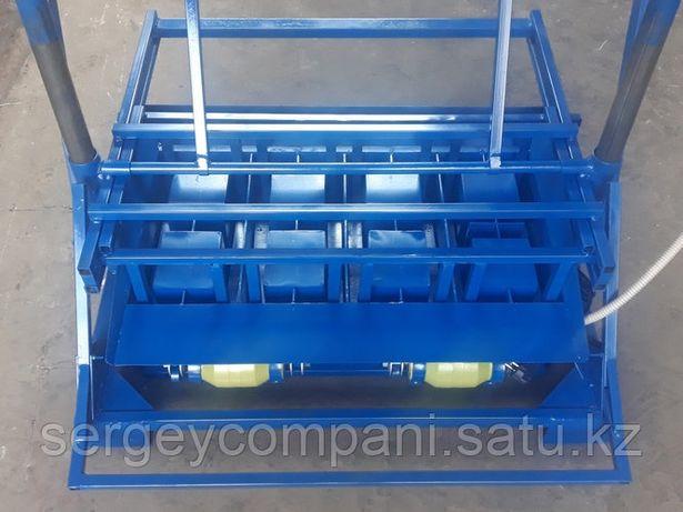 Вибростанок Команч предназначен для изготовления шлакоблоков