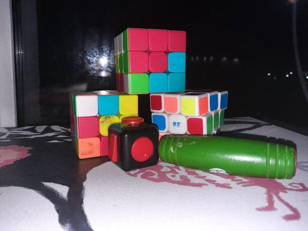 Антистрессы.Кубики Рубика