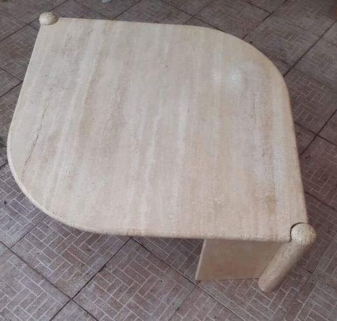 Masa din marmură