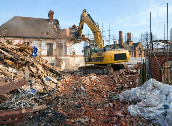 Събаряне и разрушаване на сгради