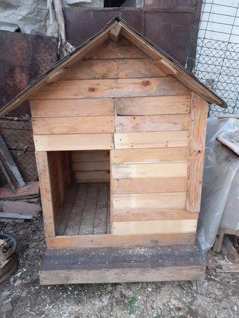 Продавам къщичка/колиба/ за голямо куче.