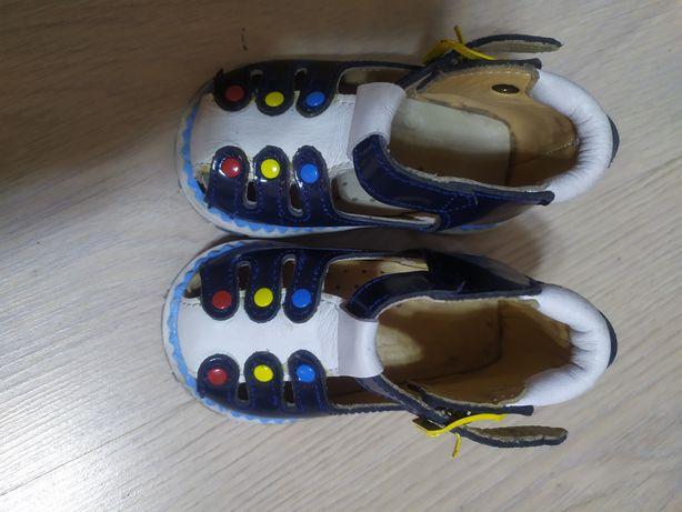 Детские, кожанные сандали ортопедические