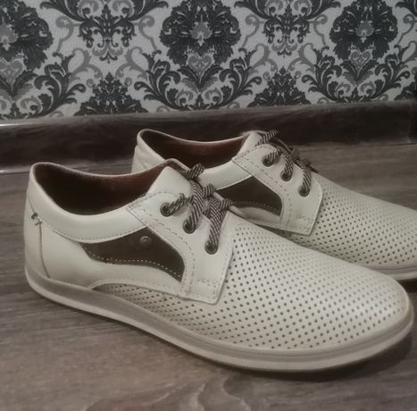 Мужская обувь/ Мужские туфли полуклассика / Мужские белые туфли/ НОВАЯ
