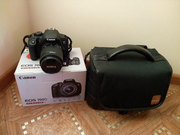 Цифровая зеркальная фотокамера Canon EOS 700D EF-S 18-55mm DC Black