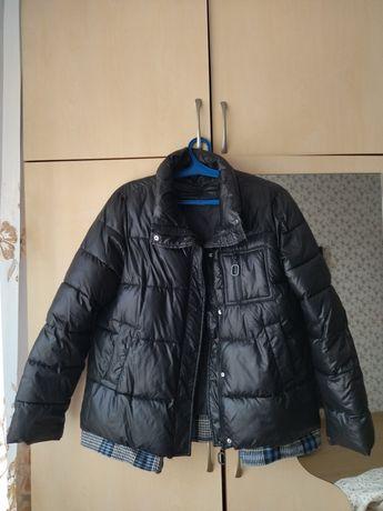 Продаю куртку весна/осень