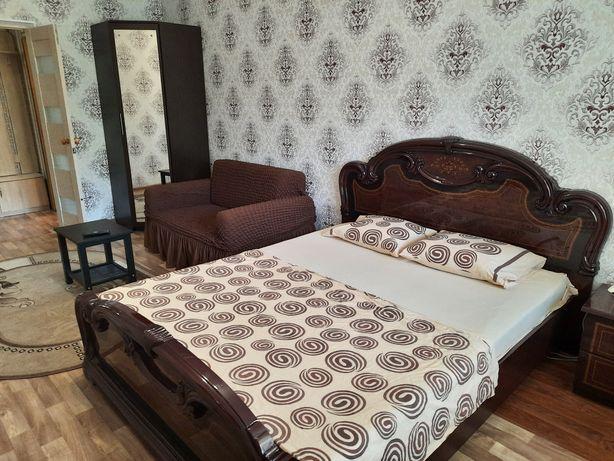 Квартира для Пары в Новом доме Кондиционер WiFi С.Тюленина кафе Айлуна