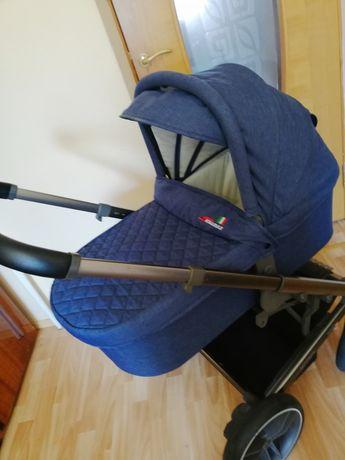 Комфортная, детская супер удобная  коляска Skillmax  Icon 2в1