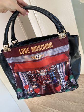 "Чанта ,,Moschino"""