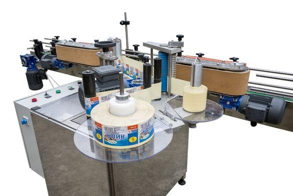 Етикетираща машина за самозалепващ етикет