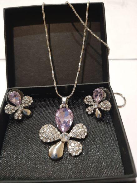Красиви дамски комплекти с австрийски кристал.
