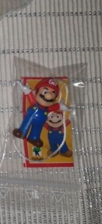 Mario kinder surprise joy fererro ou oua
