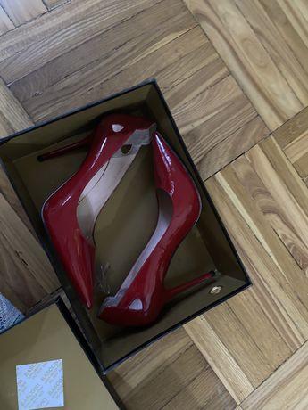 Туфли красные Basconi