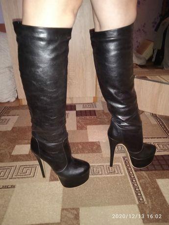 Сапожки женские кожаные