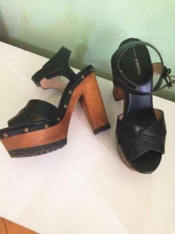 Pull&Bear дамски сандали на платформа и ток