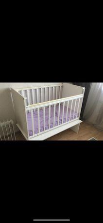 Продаю кроватки детские с матрацом