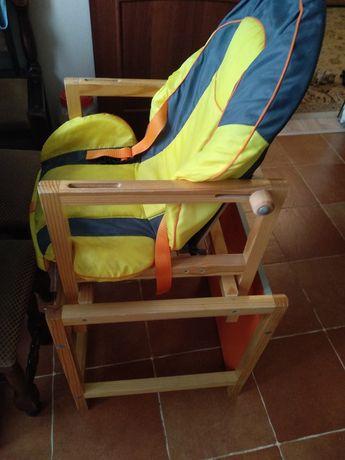 Детский стол и стул трансформер.
