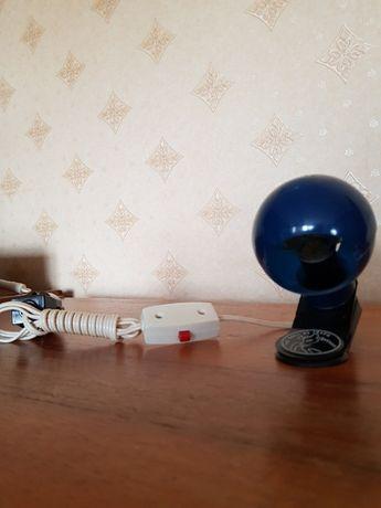 Нова Мини лампа с щипка за книга