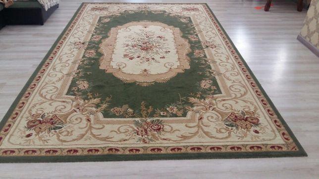Продается ковры в отличном состояний