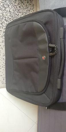 Чанта за лаптоп Targus