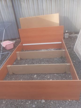 Кровать двух спальный