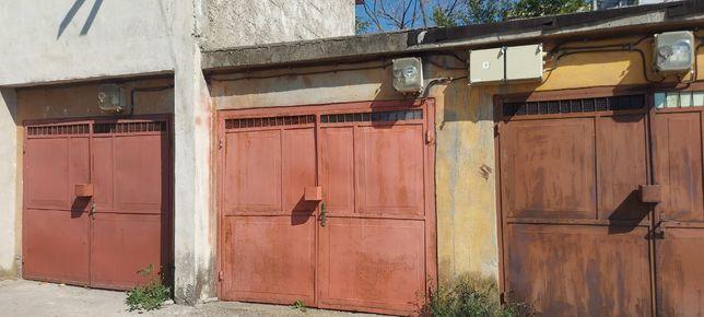 Vând garaj în Slatina