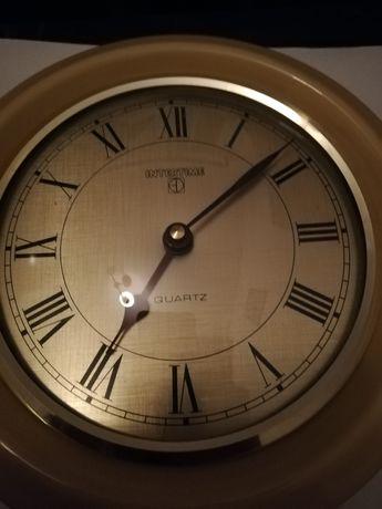 Ceas de perete elvețian, vintage.