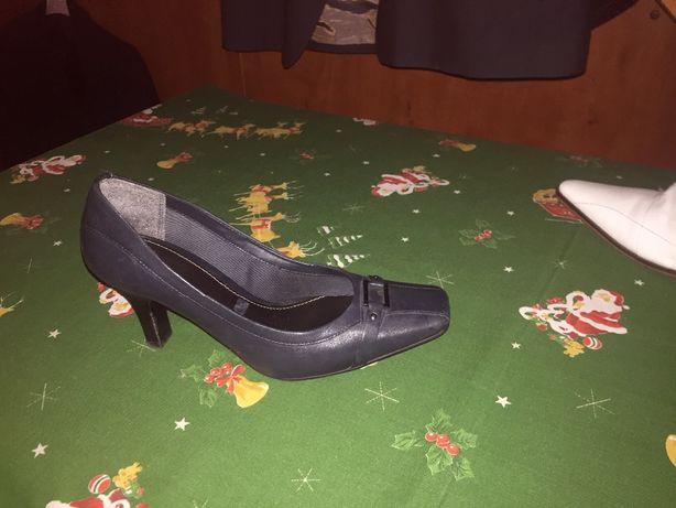 Pantofi din piele bleumarin