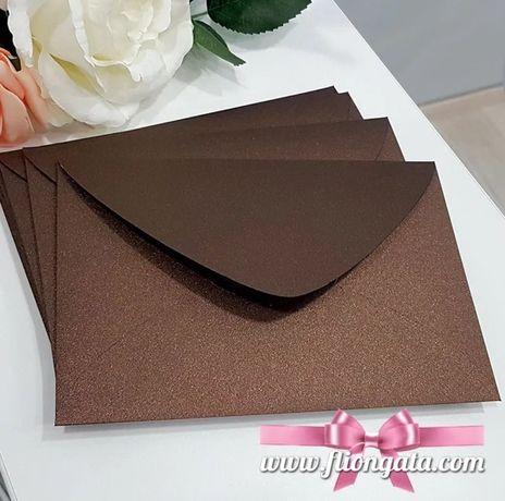 Изработка на луксозни пликове в размери и цвят по избор