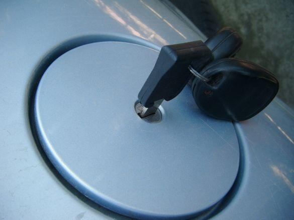 Капачка с ключ за Пежо 206 GTI 2.0 135к.с