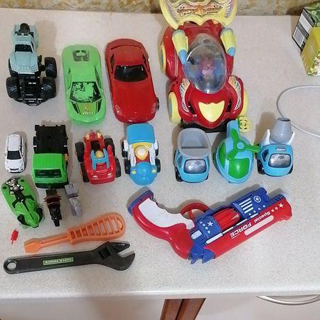 Продам игрушки все по 1000