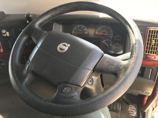 Vând Volvo 8x4 variante