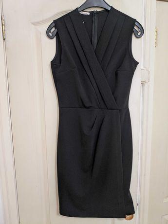 Платье черное новое.