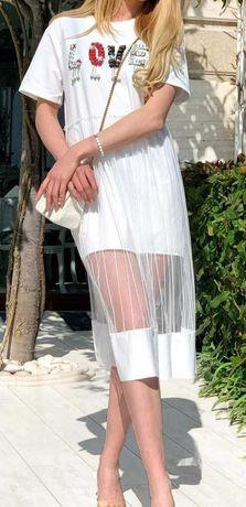 Дамска рокля с тюл и мъниста