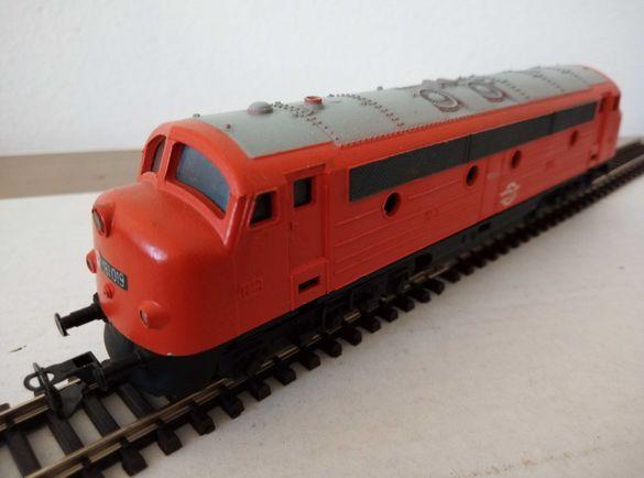 локомотив в мащаб 1:120