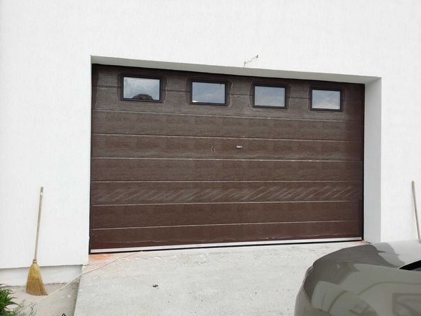 Vand usi de garaj judetul valcea usa garaj automata