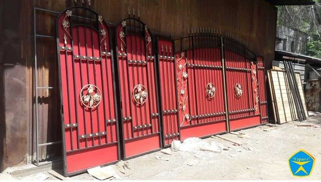 """Распашные ворота """"Флоренция""""(откатные).Заборы из профнастила усиленные"""
