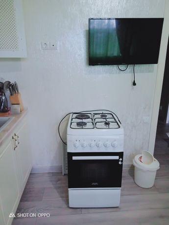 Срочно продам Газовая плита с электрическую Плита комби Ava AVC-560WH.