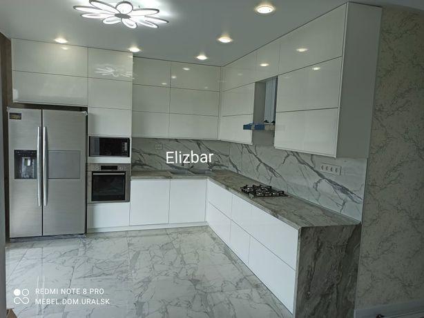 мебель:кухни, шкафы-купе, витрины, прилавки, стеллажи, офисная мебель