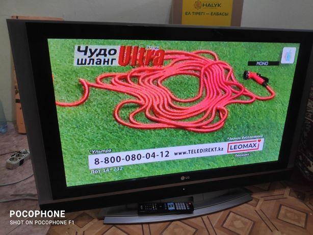 Телевизор LG 107см