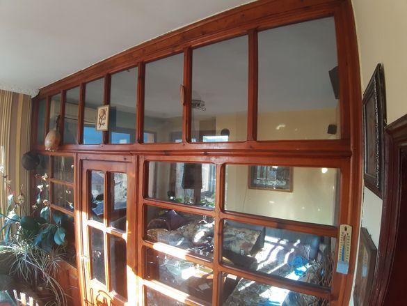 Преградна стена,дървена дограма с врата 3.5м/2.6м