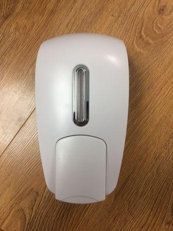 Дозатор для жидкого мыло