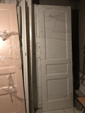 Дверь межкомнатная двери высота 2200 мм 10 штук. Массив