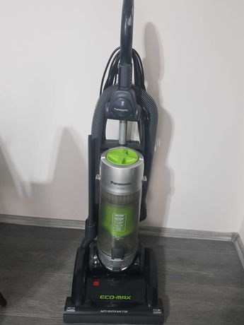 Aspirator vertical Panasonic Eco Max