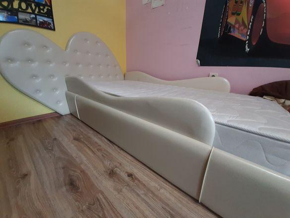 Детскл легло дизайнерско за момиченце