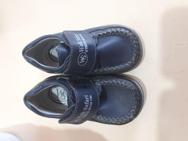 Продам кожанную обувь 20 размера
